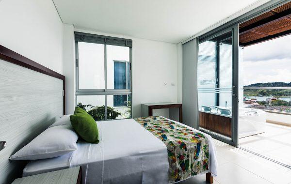 Apartamento con jacuzzi